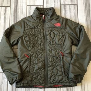 NWOT The North Face puffer jacket.